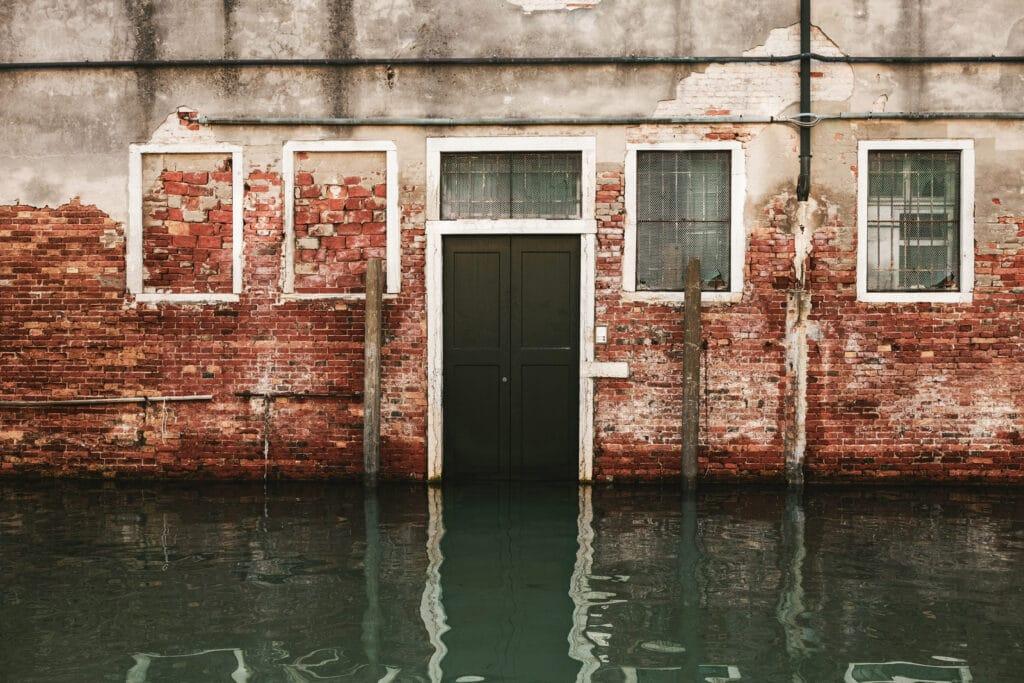 Versicherung gegen Elementarschäden wie Überschwemmung